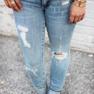 Gap authentic true skinny jeans sz28
